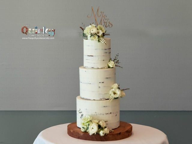 white on White Wedding cake