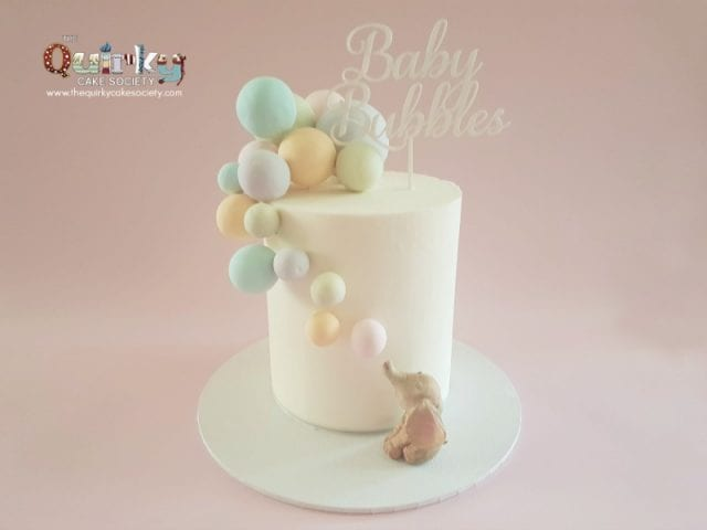 Elephant blowing bubbles Buttercream cake